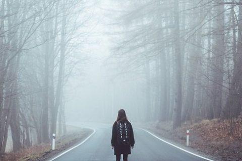 SAI CŨNG ĐƯỢC, LẠC LỐI CŨNG ĐƯỢC. NHƯNG CUỘC ĐỜI MÌNH CÓ HẠN, BẠN ĐỊNH SAI  VÀ LẠC LỐI ĐẾN BAO GIỜ?