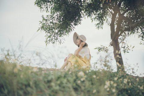 Nỗi nhớ anh chìm dần trong nắng của tháng Năm - Girly.vn