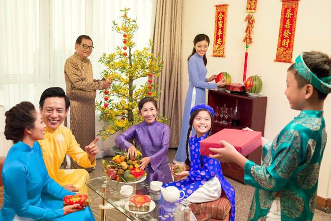 Tổng hợp những phong tục lễ Tết của Việt Nam trong vòng một năm . - Tết  đáng nhớ