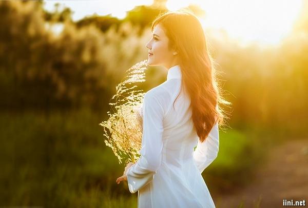 Chùm thơ Nắng Mùa Hè hay với cái Nắng vàng yêu thương, chói chang (thơ  ngắn) | IINI Blog