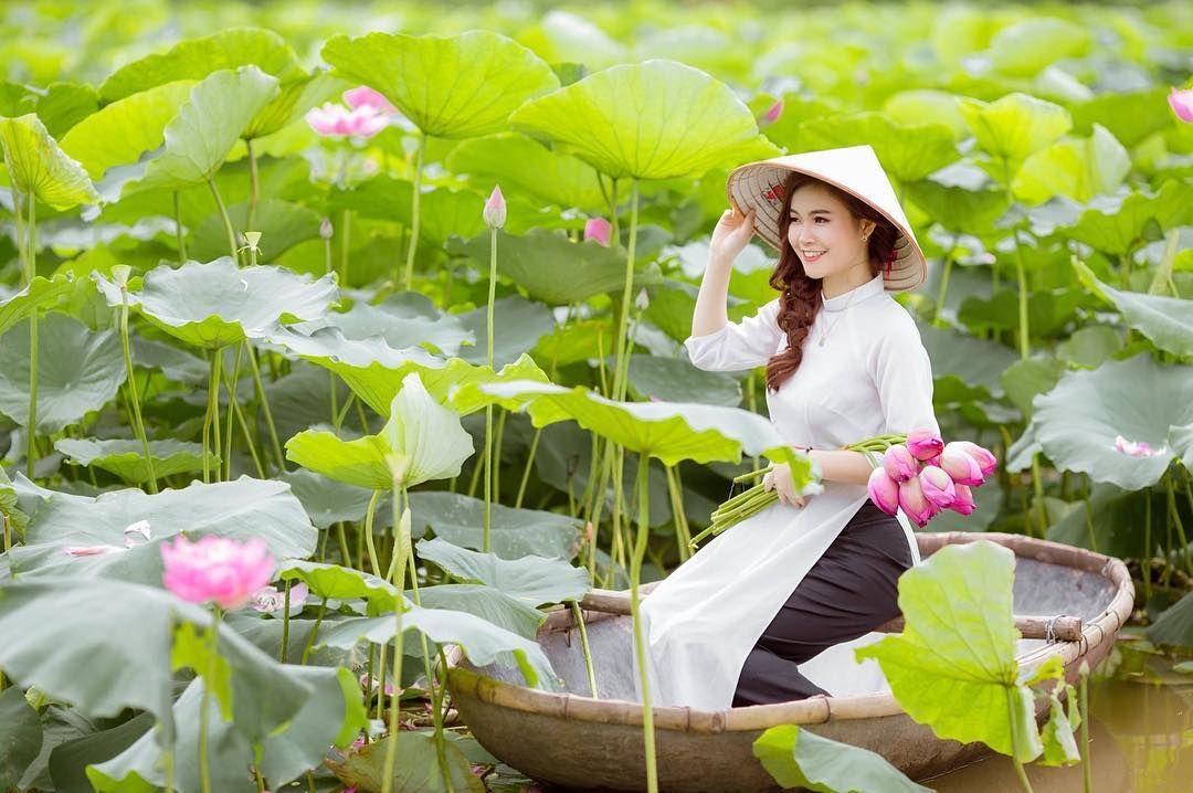 HN) Đầm sen Hồ Tây - điểm check-in sống ảo hot nhất tháng 6! | Bài viết |  Foody.vn